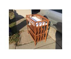 Changing Table -- Very Good Condition!