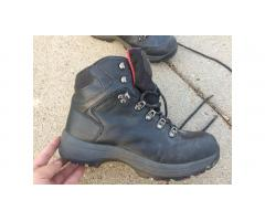 Hiking / Work Boots -- Everest brand, Men's 11.5, Waterproof!