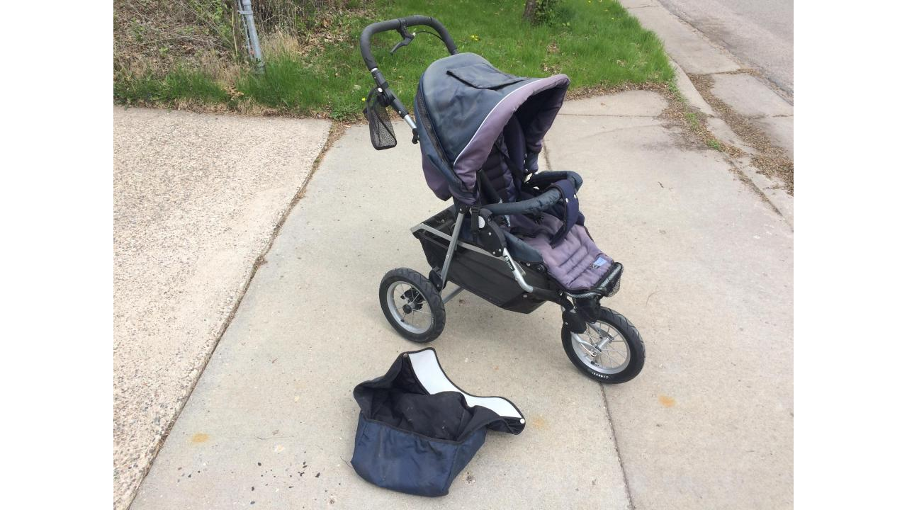 Baby Jogger Stroller -- Expensive New, Great Price!