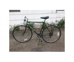+++ Raleigh Men's Bike -- 5-speed, Road Bike Frame, Nice Bike! +++