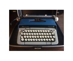 Vintage Typewriter -- Smith Corona Galaxie Twelve