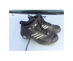Adidas Basketball Shoes -- Men's Size 12, VGC!