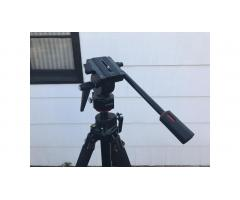 Tripod for Photo Video -- Good for Large Lenses!