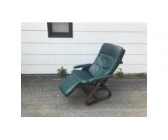 Nepsco Mid Century Bent Wood Zero Gravity Chair - Rare!