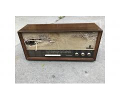 Grundig Tube Radio -- Wonderful Sound, Needs Work