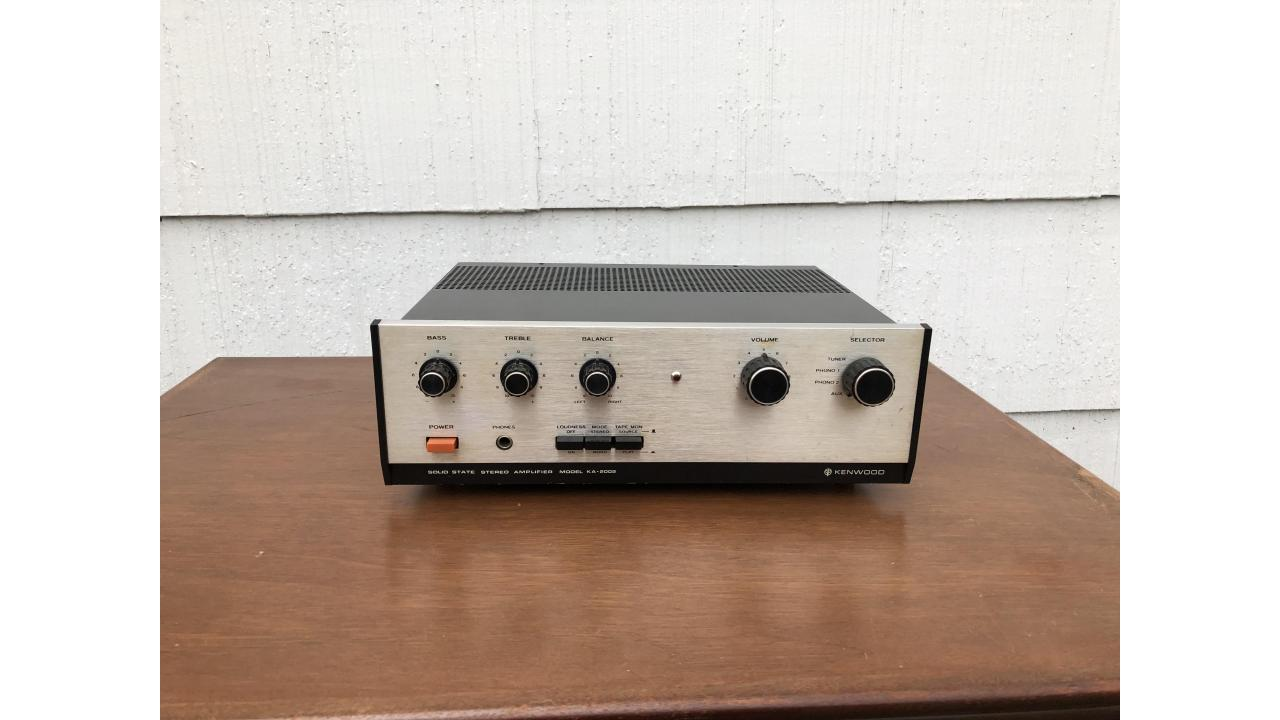Kenwood KA-2002 Vintage Stereo Amplifier