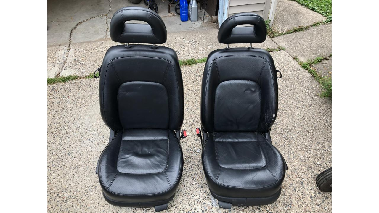 Volkswagen New Beetle Leather Seats
