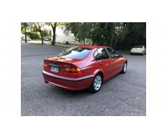 2004 BMW 325xi Excellent Condition!
