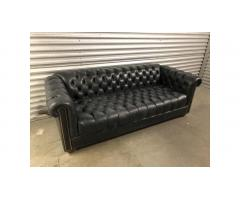 Flexsteel Chesterfield Leather Sofa - Beautiful!