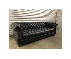 Flexsteel Chesterfield Leather Sofa - Beautiful!