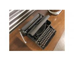 Royal Arrow Typewriter -- Very Collectible!